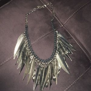 Feather necklace URBAN OUTFITTERS
